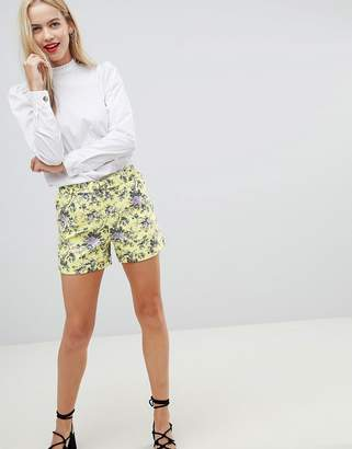 Oasis Ditsy tailored shorts with d-ring belt in floral print