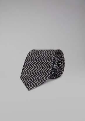 Giorgio Armani Pure Silk Tie With Zig-Zag Pattern