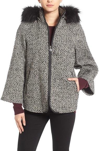 Betsey JohnsonWomen's Betsey Johnson Coat With Faux Fur Trim