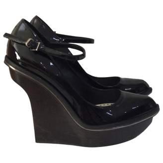 Stella McCartney Stella Mc Cartney Black Patent Leather Heels