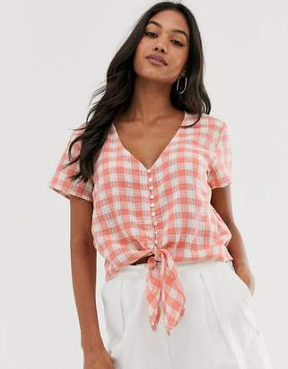 Stradivarius tie front gingham blouse in red