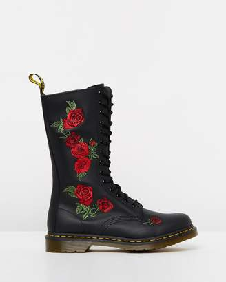 Dr. Martens 1914 Vonda 14 - Eye Boot