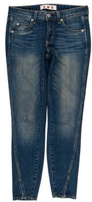Amo Twist Low-Rise Skinny Jeans
