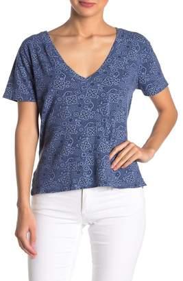 LnA Printed V-Neck Classic T-Shirt