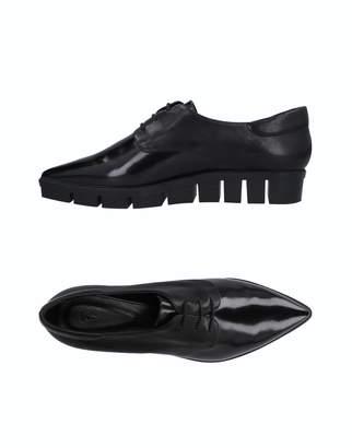 VIC Lace-up shoes