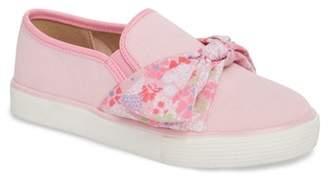 WELLIEWISHERS BY AMERICAN GIRL Ashlyn Bow Slip-On Sneaker (Walker, Toddler & Little Kid)