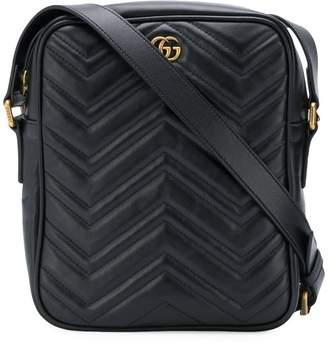 Gucci textured logo messenger bag