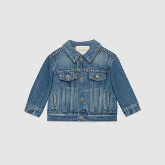 Gucci Baby washed denim jacket with tiger