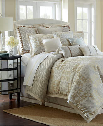 Waterford Reversible Olivette Queen 4-Pc. Comforter Set