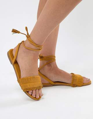 Pull&Bear Fringe Tassle Sandal With Tie Up In Yellow
