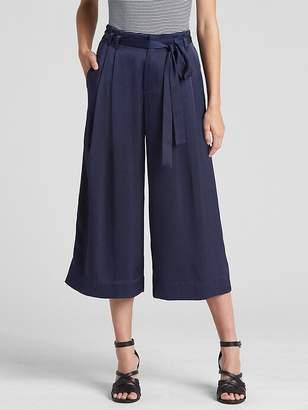 Tie-Belt Crop Wide-Leg Pants in Satin