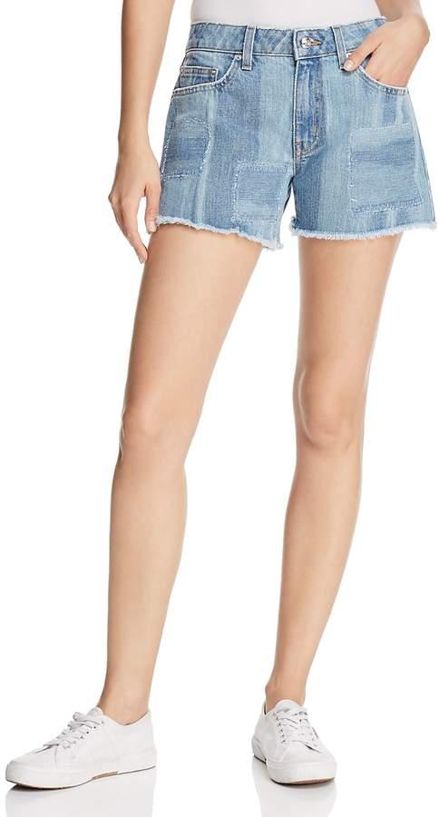 Quinn Girlfriend Denim Shorts in Light Wash