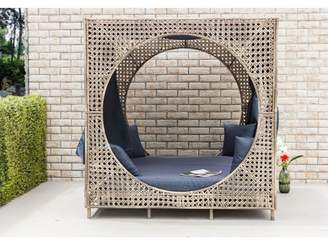 Bungalow Rose Brennon Cube Patio Daybed with Cushions