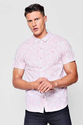 boohoo Short Sleeve Feather Print Shirt