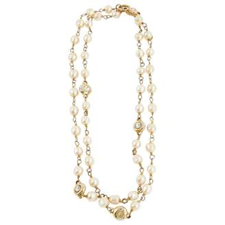 Chanel Vintage Beige Pearl Necklace