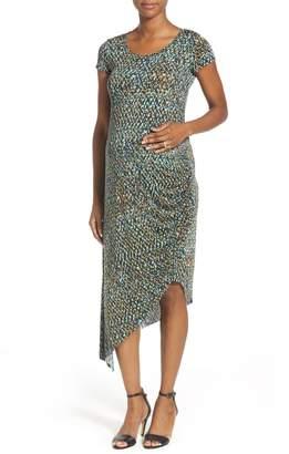 a7d5edf1c1 The Urban Ma Print Side Ruched Maternity Dress