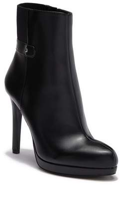 Nine West Querelle Gore Platform Boot