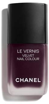 Chanel Beauty LE VERNIS Velvet Nail Colour