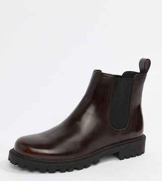 Monki faux leather Chelsea boots in burgundy