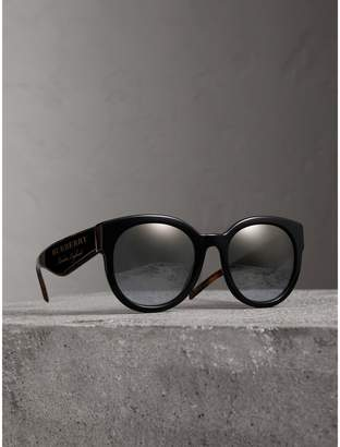 Burberry Round Frame Sunglasses