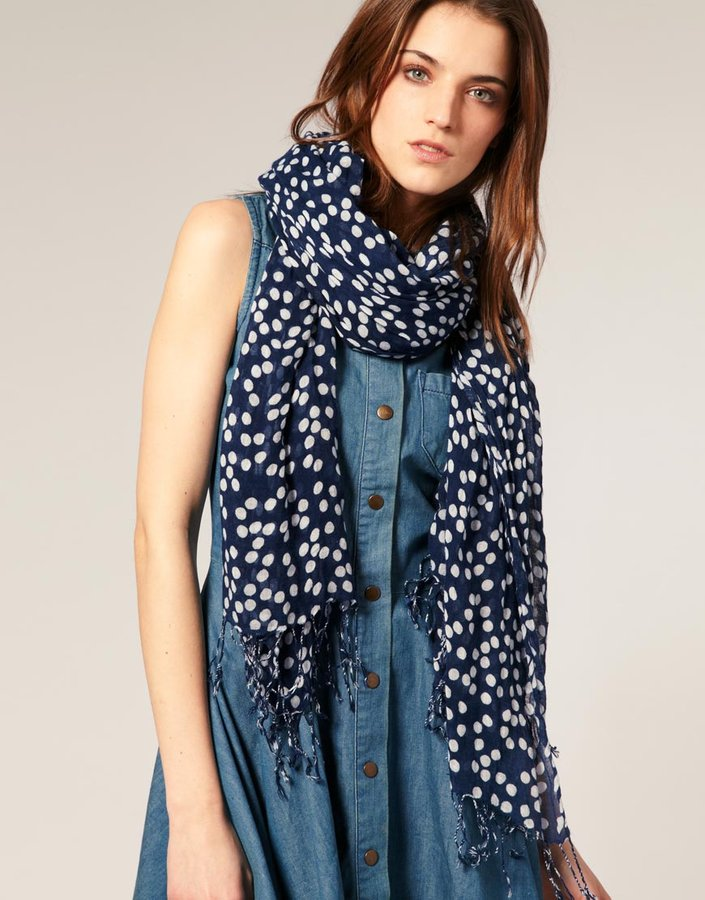 Warehouse Random Spot Scarf