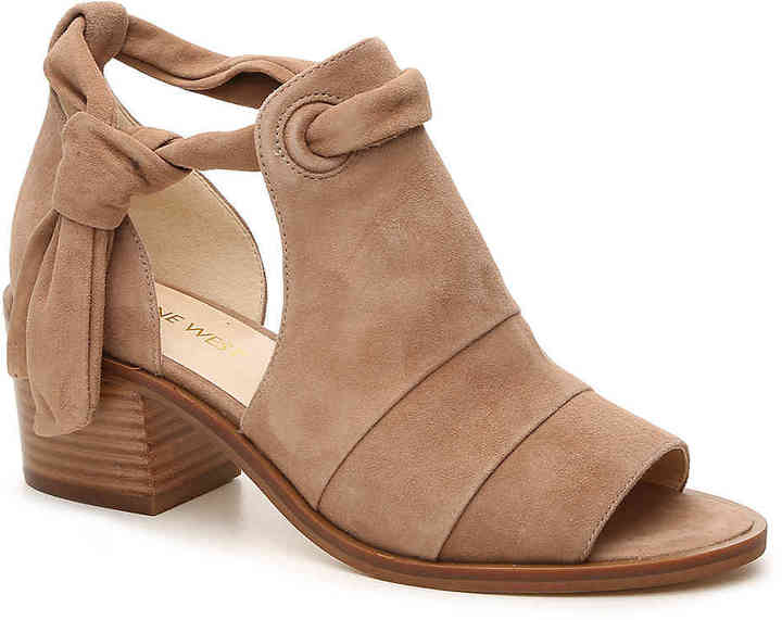 Nine West Women's Rollicking Bootie -Taupe/Stone
