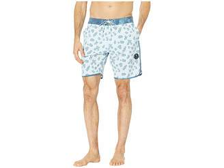 VISSLA 18.5 Honeybomb Swim Shorts