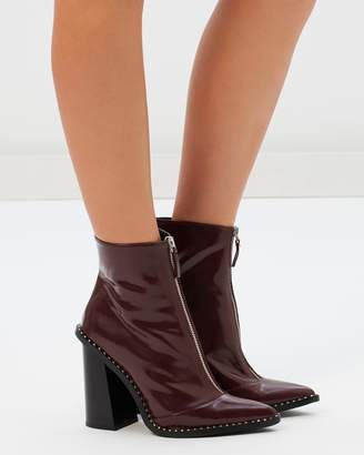Missguided Front Zip Pointed Ankle Boots