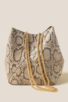francesca's Regina Faux Snake Bucket Bag - Beige