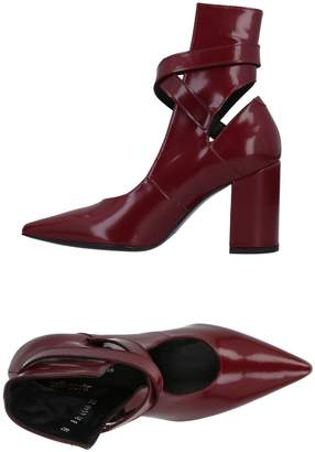 Robert Clergerie & SELF-PORTRAIT Pumps