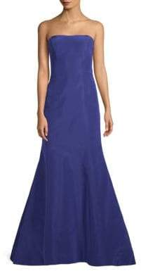 Oscar de la Renta Strapless Silk Trumpet Gown
