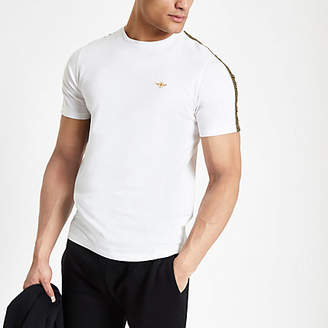 River Island Mens White wasp embroidered tape side T-shirt