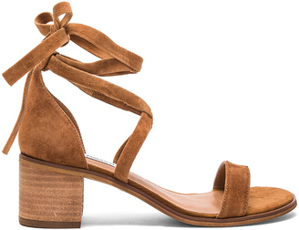 Steve Madden Rizzaa Heel $80 thestylecure.com