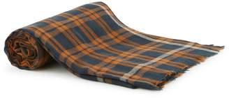 Hartford Look scarf