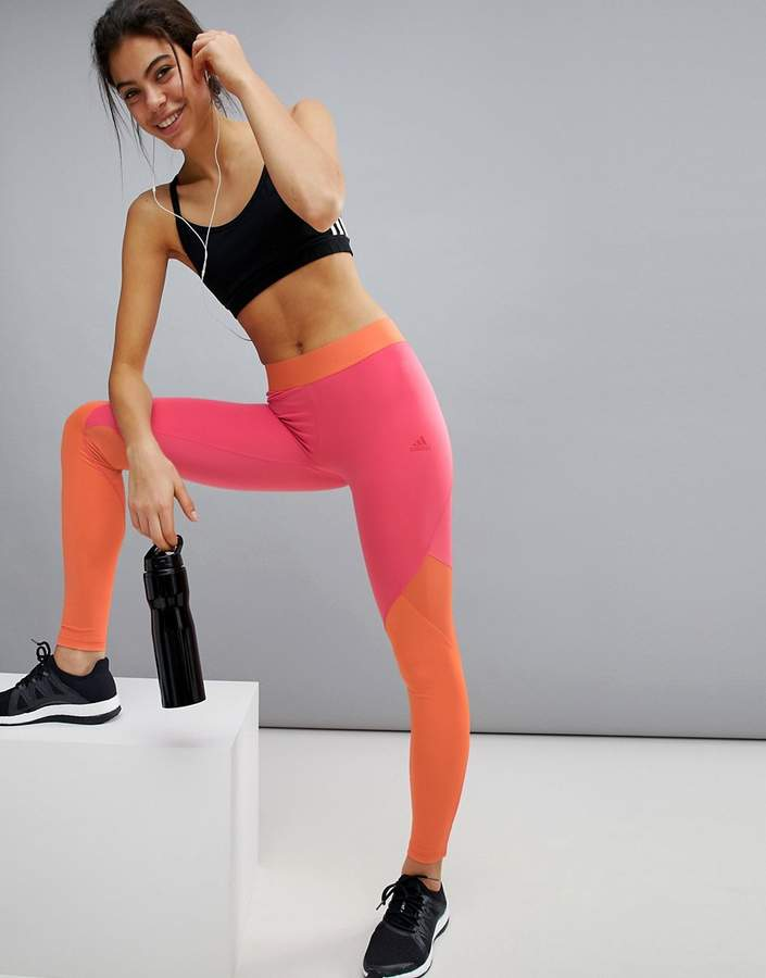 – Training – Leggings mit Farbblockdesign und Logo