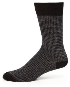 Saks Fifth Avenue Collection Houndstooth Merino Wool Dress Socks $19.50 thestylecure.com