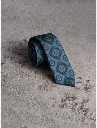 Burberry Slim Cut Tiled Floral Silk Jacquard Tie