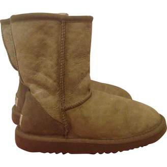 UGG Leather snow boots