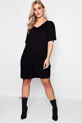 boohoo NEW Womens Plus V Neck T Shirt Dress in Viscose
