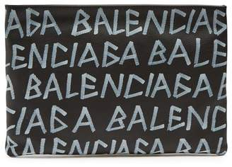 Balenciaga Carry Clip M Grained Leather Pouch - Mens - Black