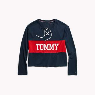 Tommy Hilfiger Seated Fit Icon Cropped Top