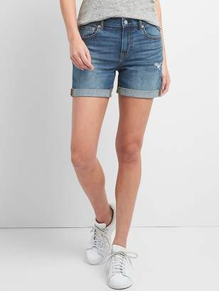 """Gap Washwell Mid Rise 5"""" Denim Shorts with Distressed Detail"""