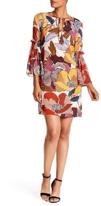 Donna Ricco Bell Sleeve Floral Shift Dres