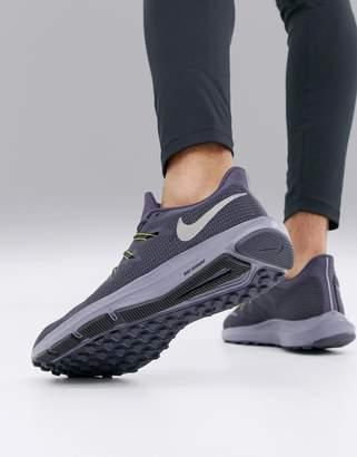 Nike Running quest sneakers in grey aa7403-006