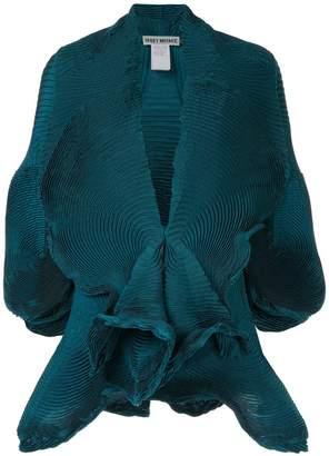 Issey Miyake short-sleeve pleat blazer