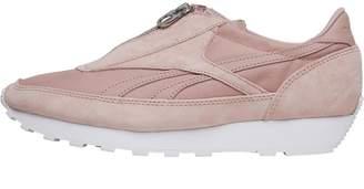 Reebok Classics Womens Aztec Zip Trainers Shell Pink Silver Metallic White 5013e0ce0