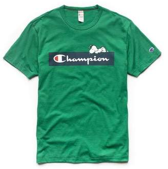 Todd Snyder Peanuts x Champion by Champion X Peanuts Short Sleeve Chilling Snoopy T-Shirt in Green