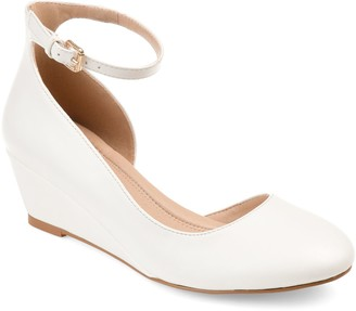 Journee Collection Seely Women's Wedge Pumps