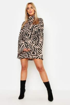2a99b7b48bd boohoo Plus Tiger Wide Rib Oversized Jumper Dress