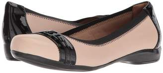 Clarks Kinzie Light Women's Flat Shoes